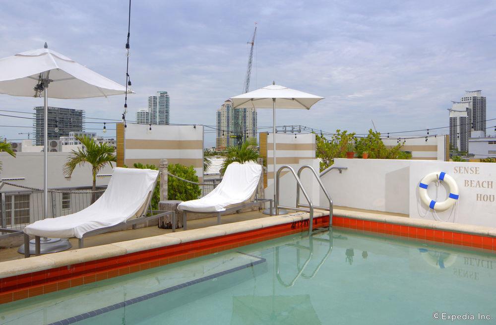 sky swimming pool leisure property marina Resort dock Water park Villa vehicle