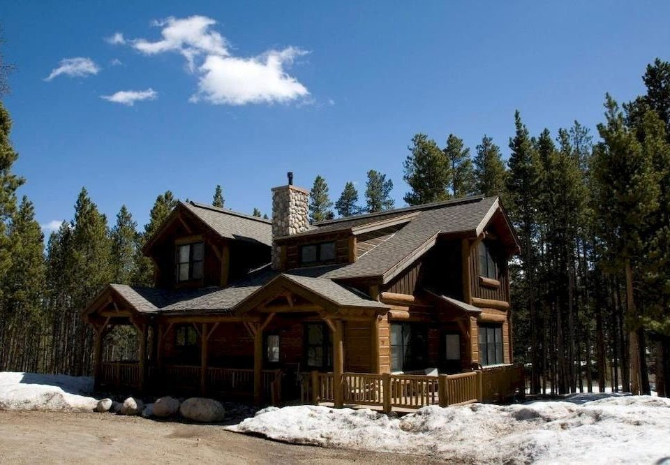 tree snow sky house building property log cabin home hut cottage Resort Village mountain residential