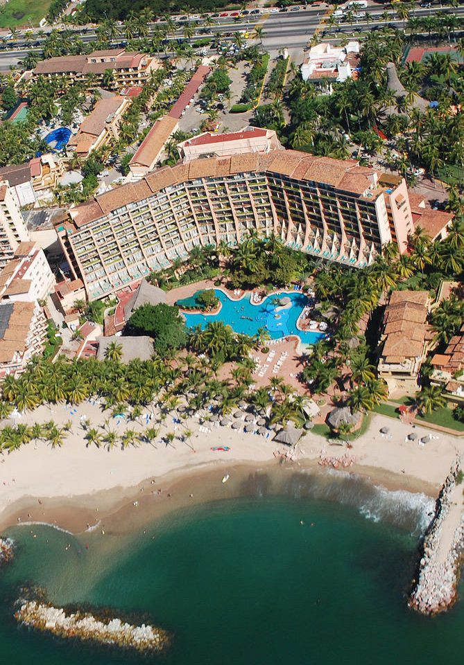 aerial photography bird's eye view structure landmark swimming pool Resort sport venue amusement park mansion palace Water park park