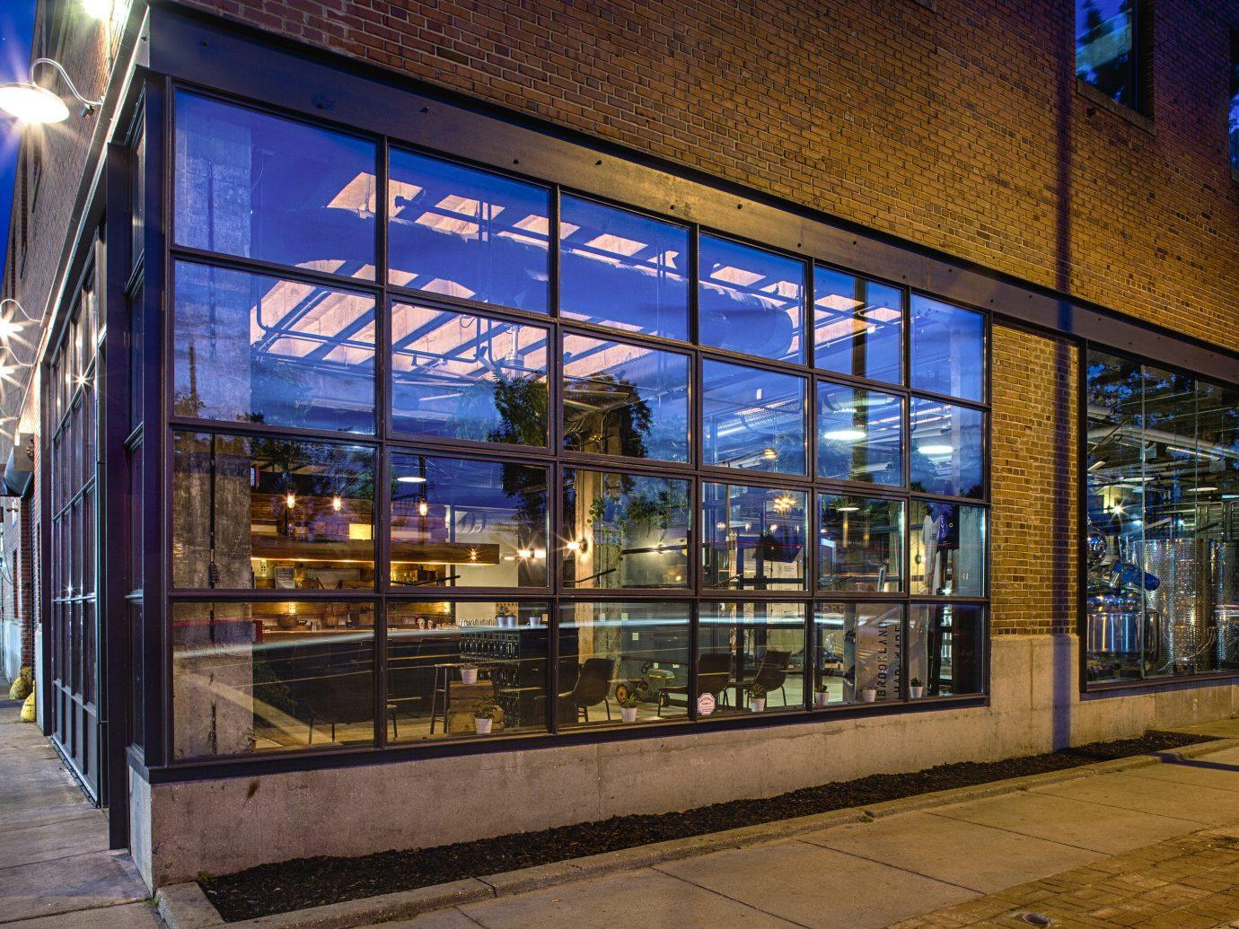 Food + Drink building urban area Architecture window facade store interior design window covering glass subway
