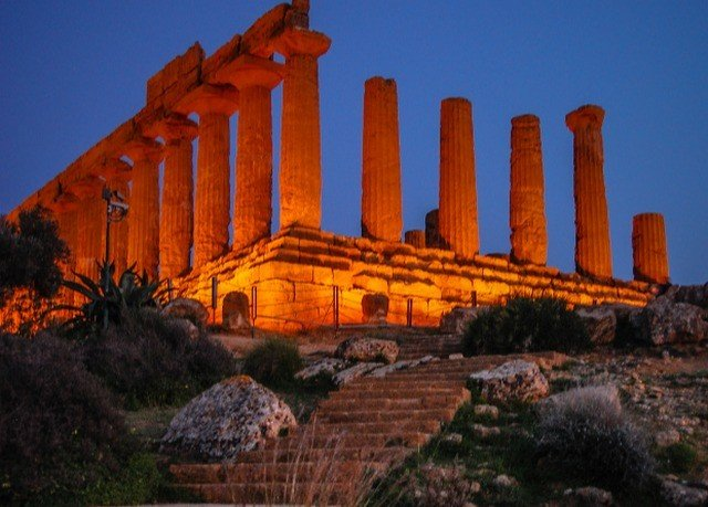 sky building historic site landmark Ruins archaeological site ancient greek temple ancient history place of worship orange unesco world heritage site temple ancient roman architecture ruin