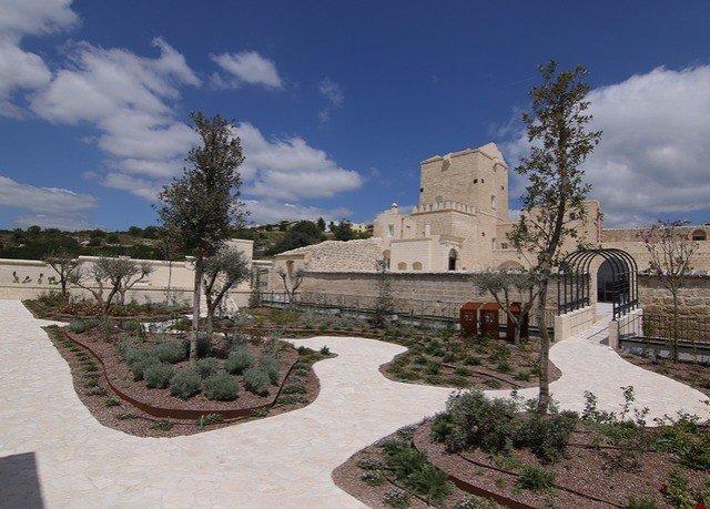 sky building Ruins ancient history palace ruin stone colonnade