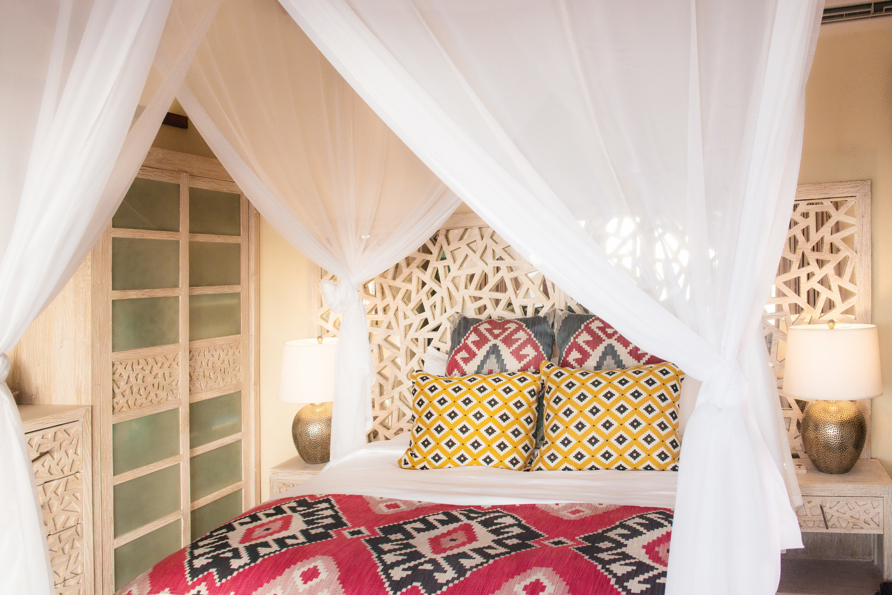 Hotels indoor room curtain Bedroom interior design bed sheet textile Design cottage decorated