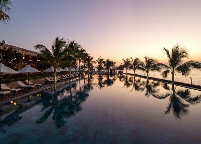 sky tree palm morning evening dusk Sunset arecales dawn Sea sunrise plant day