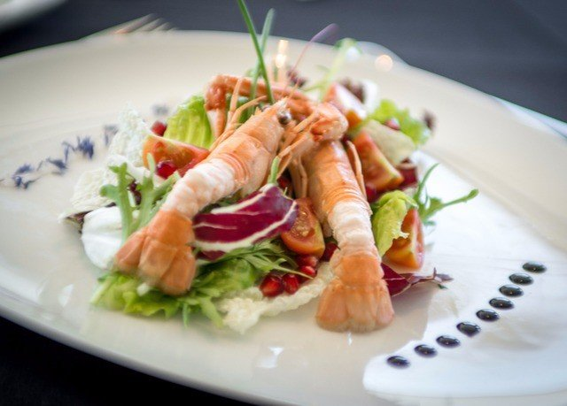 plate food salad white appetizer Seafood hors d oeuvre caesar salad smoked salmon vegetable cuisine scampi recipe leaf vegetable greek food arranged