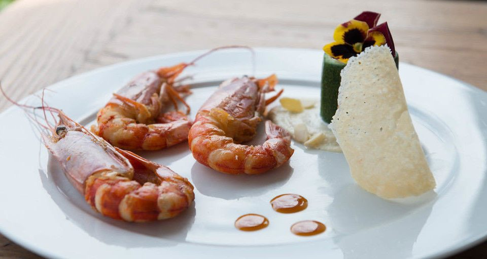 plate food cuisine Seafood white hors d oeuvre slice sense invertebrate shrimp arranged piece de resistance