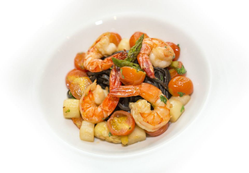 plate food cuisine vegetable white shrimp Seafood scampi italian food asian food invertebrate containing meat
