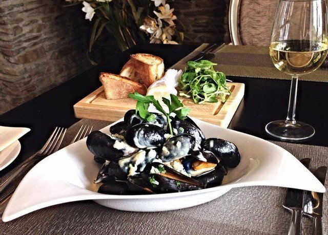 plate food restaurant mussel brunch cuisine dinner Seafood breakfast