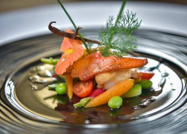 plate food vegetable cuisine fish Seafood plant meat dinner soup saute piece de resistance