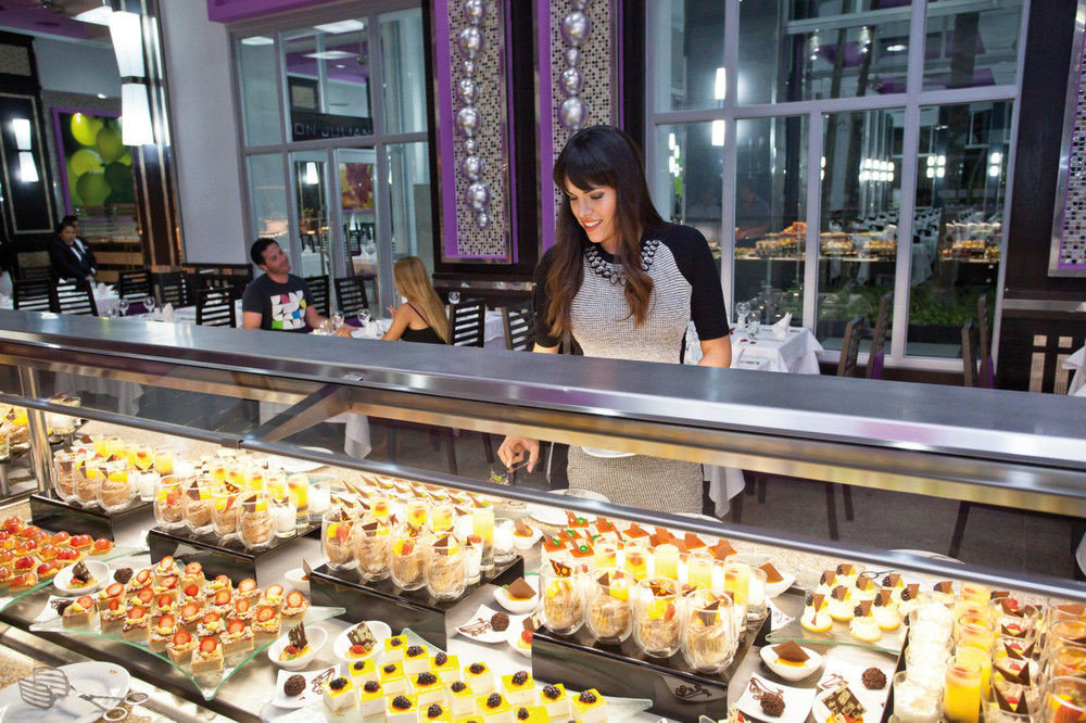 doughnut pastry counter supermarket grocery store bakery food fast food food court store Shop buffet
