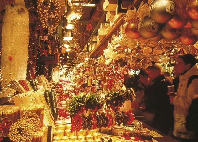 bazaar floristry christmas decoration temple retail market chinese new year store sale Shop