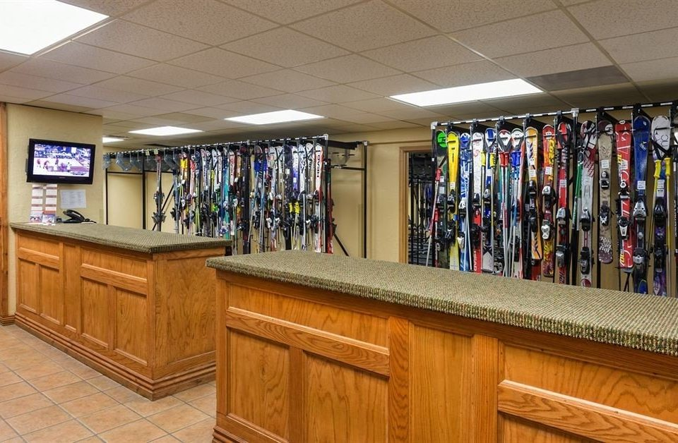 Ski recreation room