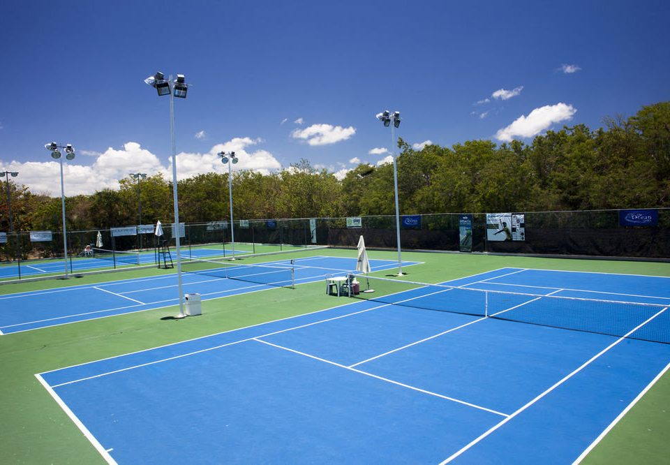 Sport athletic game sky tennis structure court sports sport venue tennis court ball game blue soccer specific stadium net racquet sport