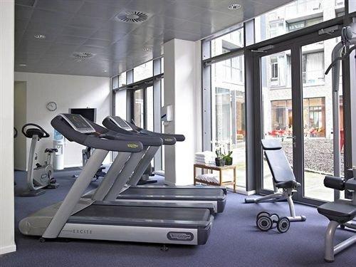 Sport structure gym sport venue exercise device condominium exercise machine
