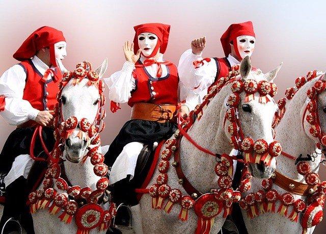dancer red Sport santa claus dressed