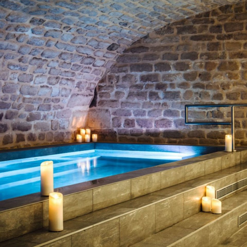 swimming pool thermae stone