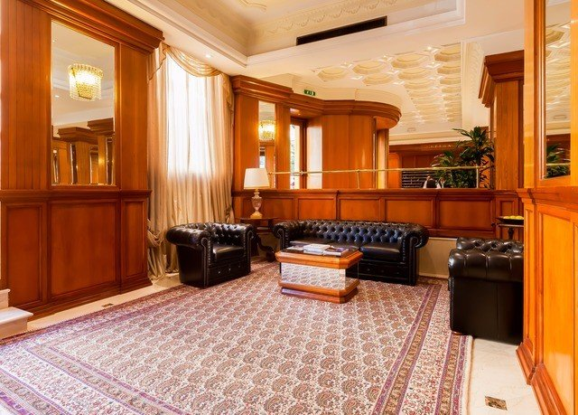 property Suite hardwood home cottage mansion living room wood flooring condominium cabinetry rug appliance