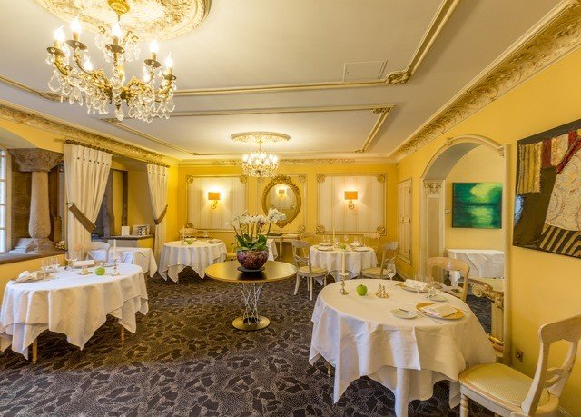 function hall property Suite restaurant ballroom mansion palace banquet