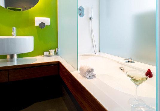 bathroom bathtub plumbing fixture sink bidet Suite