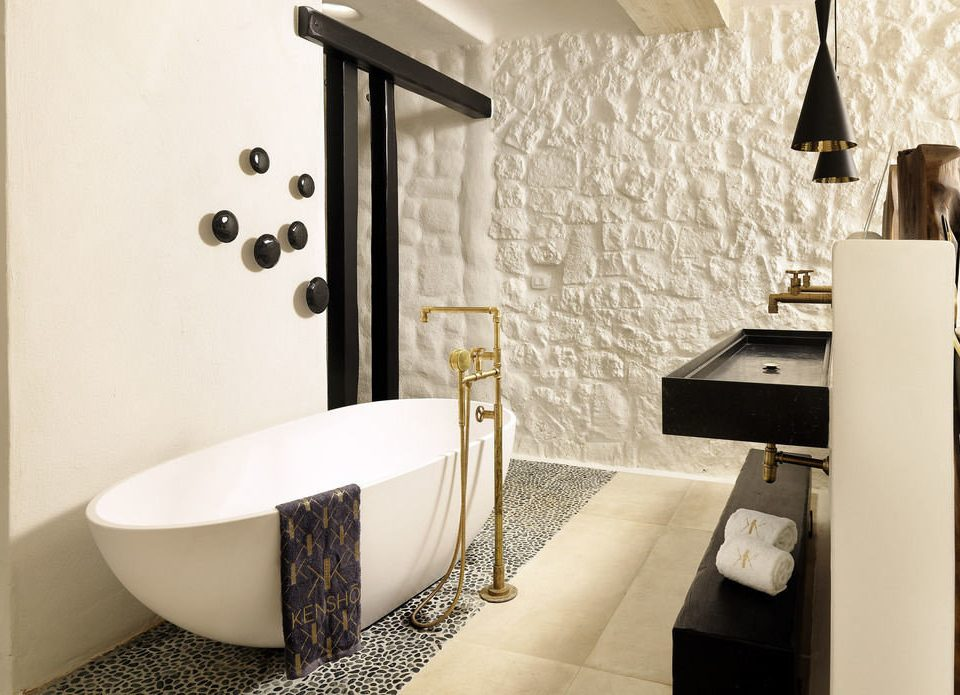 bathroom Suite plumbing fixture bidet bathtub
