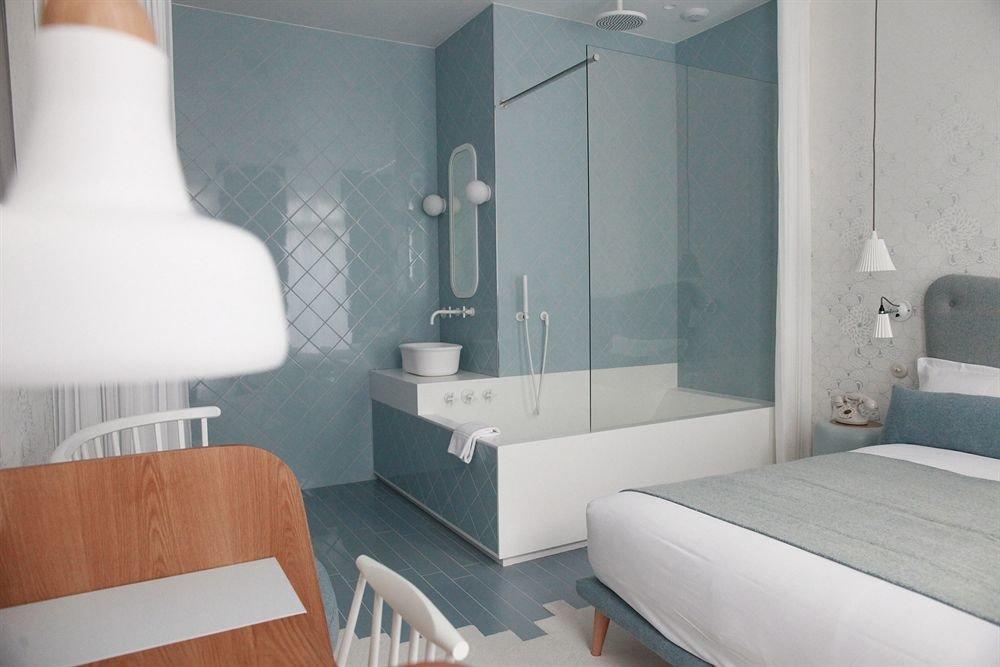 bathroom property bathtub plumbing fixture bidet Suite