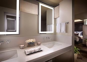 bathroom property sink home vessel cabinetry Suite tub bathtub