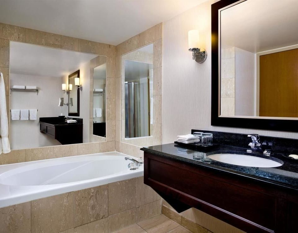 bathroom mirror sink property Suite home counter bathtub clean