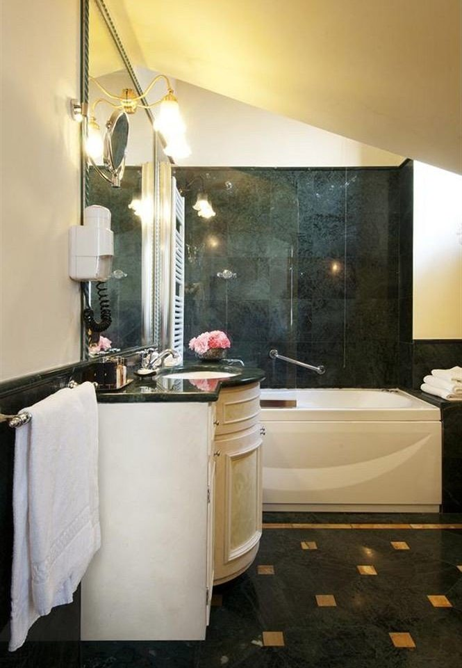 bathroom house home Suite lighting bathtub