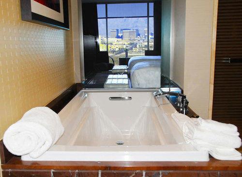swimming pool property jacuzzi bathtub plumbing fixture bathroom Suite toilet