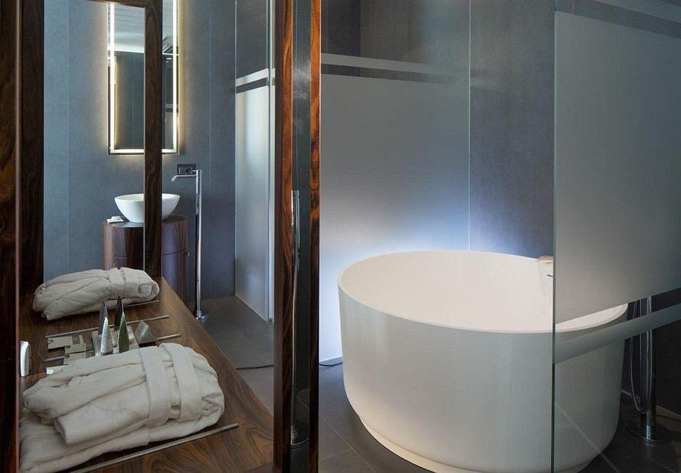property bathroom plumbing fixture Suite toilet public toilet bathtub