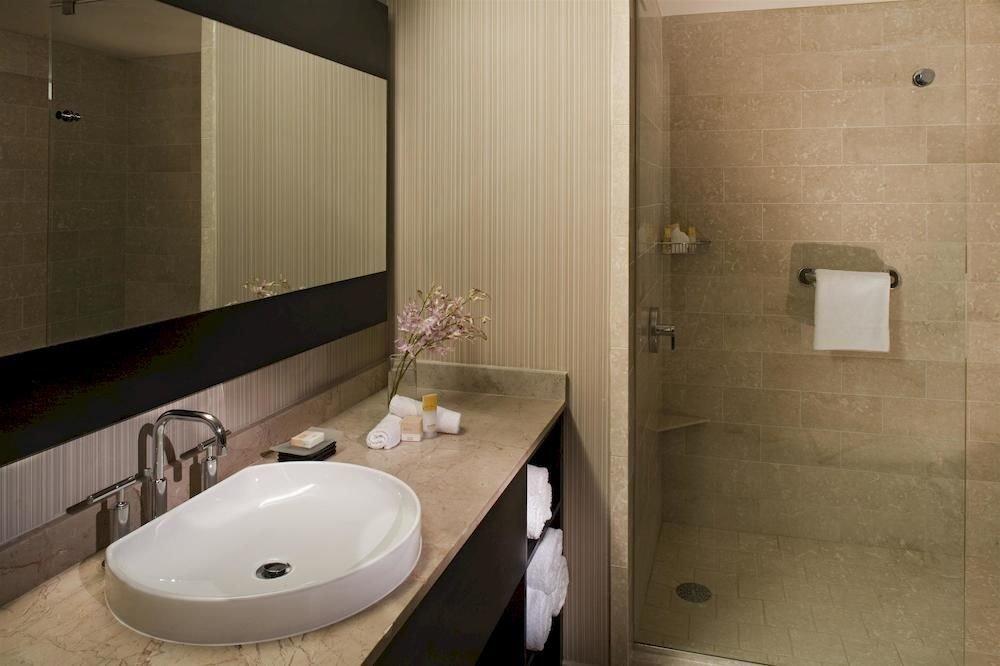 bathroom sink mirror property toilet plumbing fixture home bidet public toilet Suite