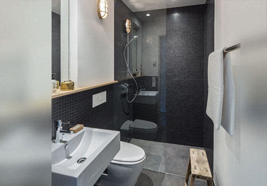 bathroom toilet property plumbing fixture bidet Suite sink public toilet
