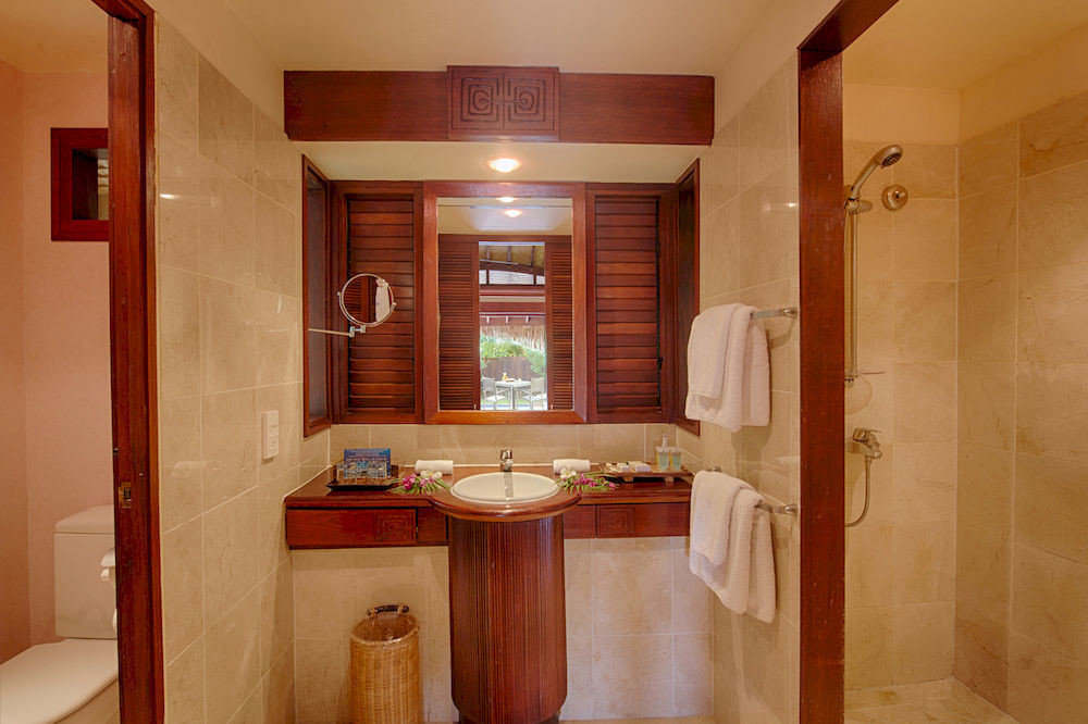 bathroom property house home cabinetry Suite sink cottage tile