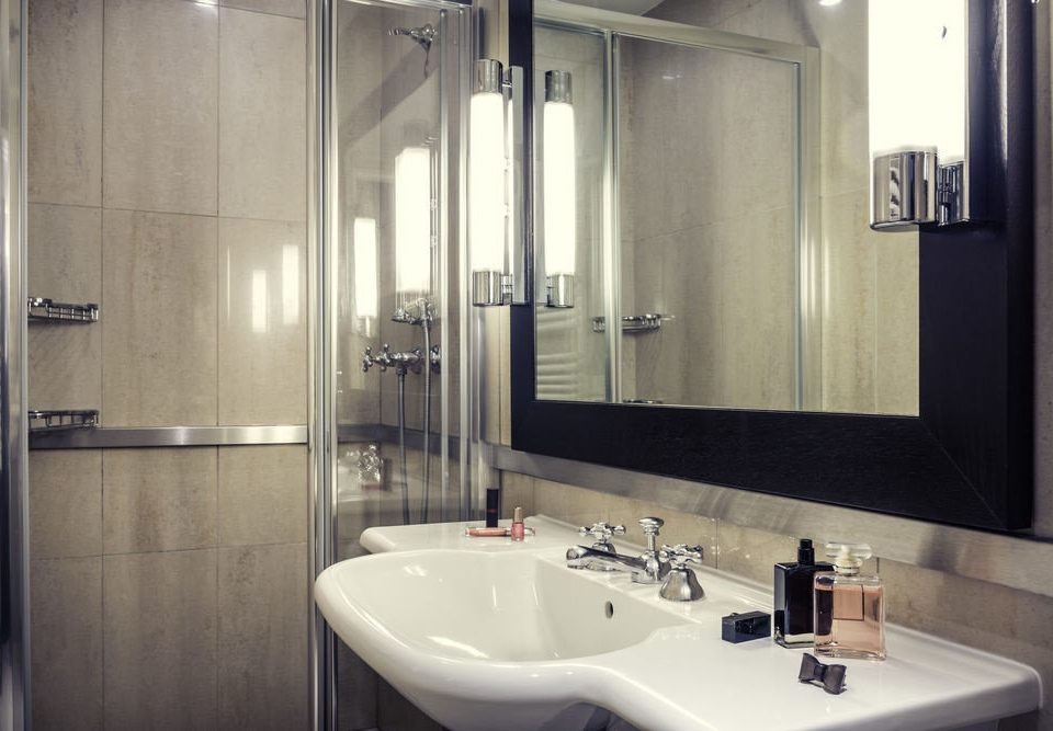 bathroom sink mirror property toilet home white plumbing fixture Suite public clean