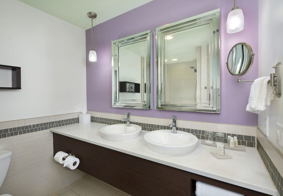 bathroom sink mirror property home Suite toilet clean