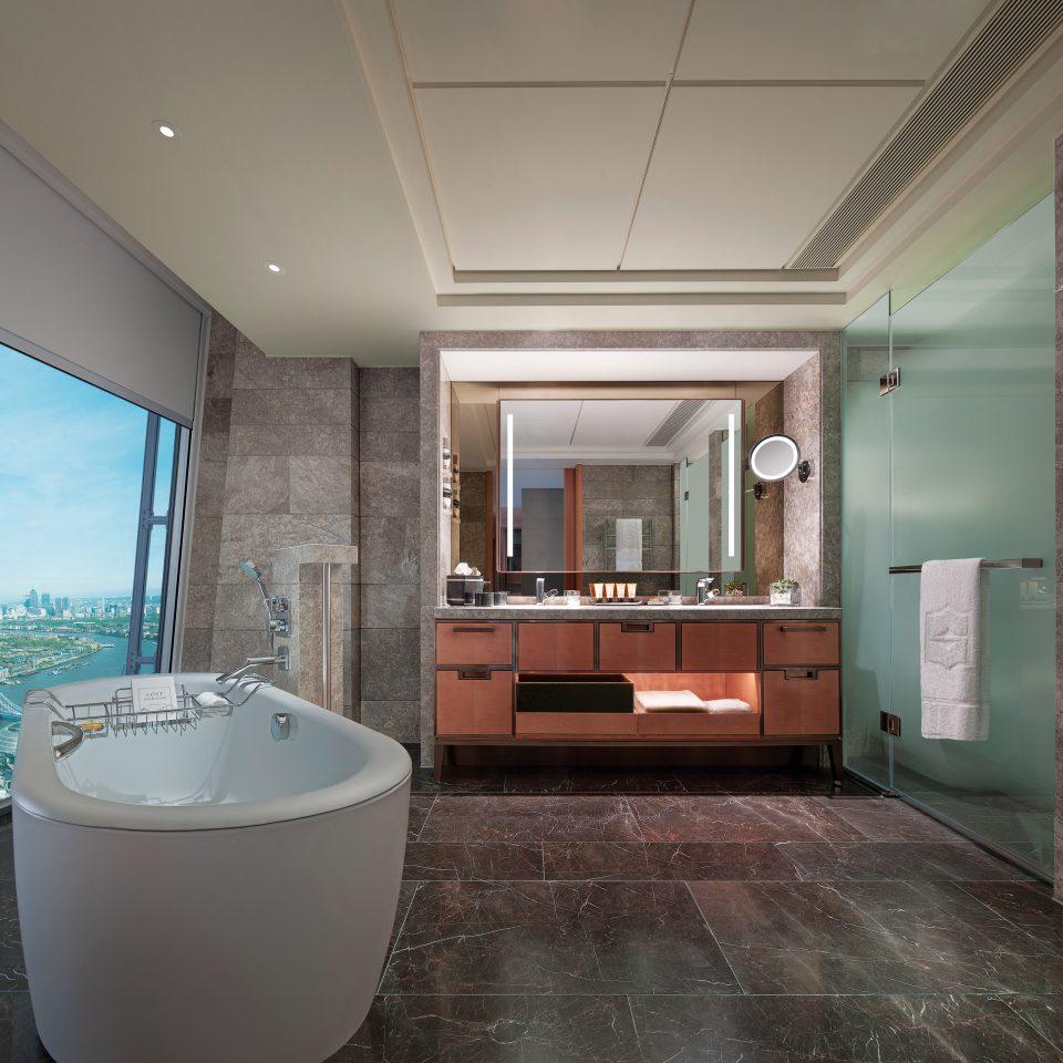 property house home bathroom flooring condominium Suite tub