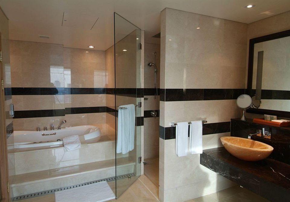 bathroom property home Suite sink condominium