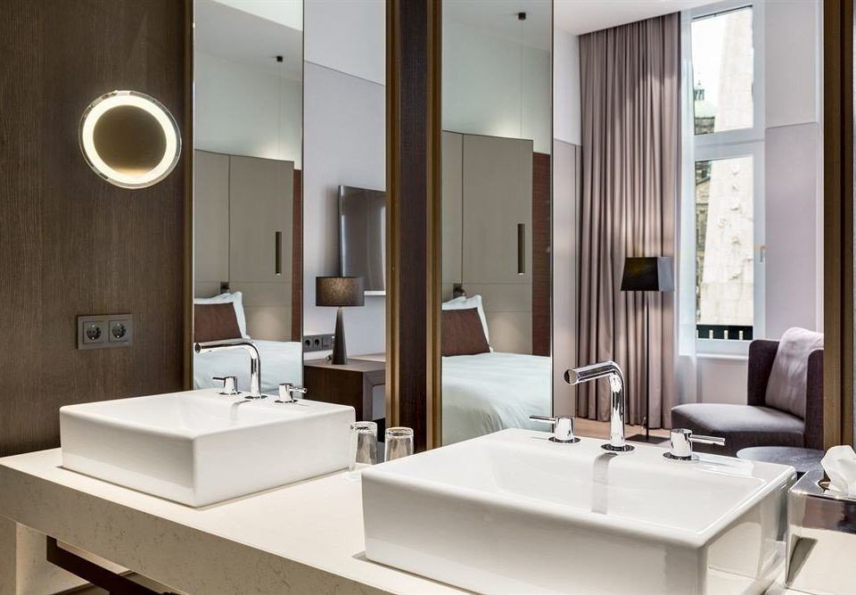 bathroom mirror sink Suite lighting condominium white plumbing fixture