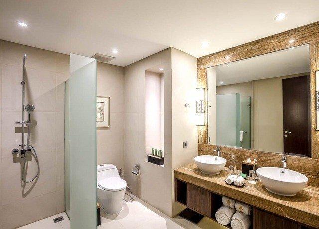 bathroom sink property mirror Suite condominium toilet