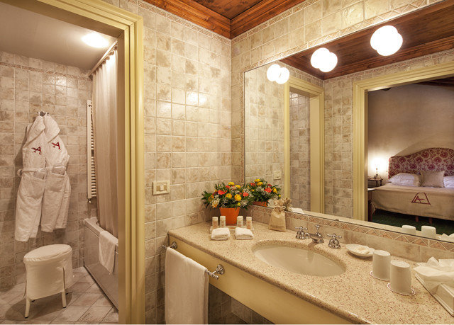 bathroom mirror sink property Suite home mansion cottage flooring