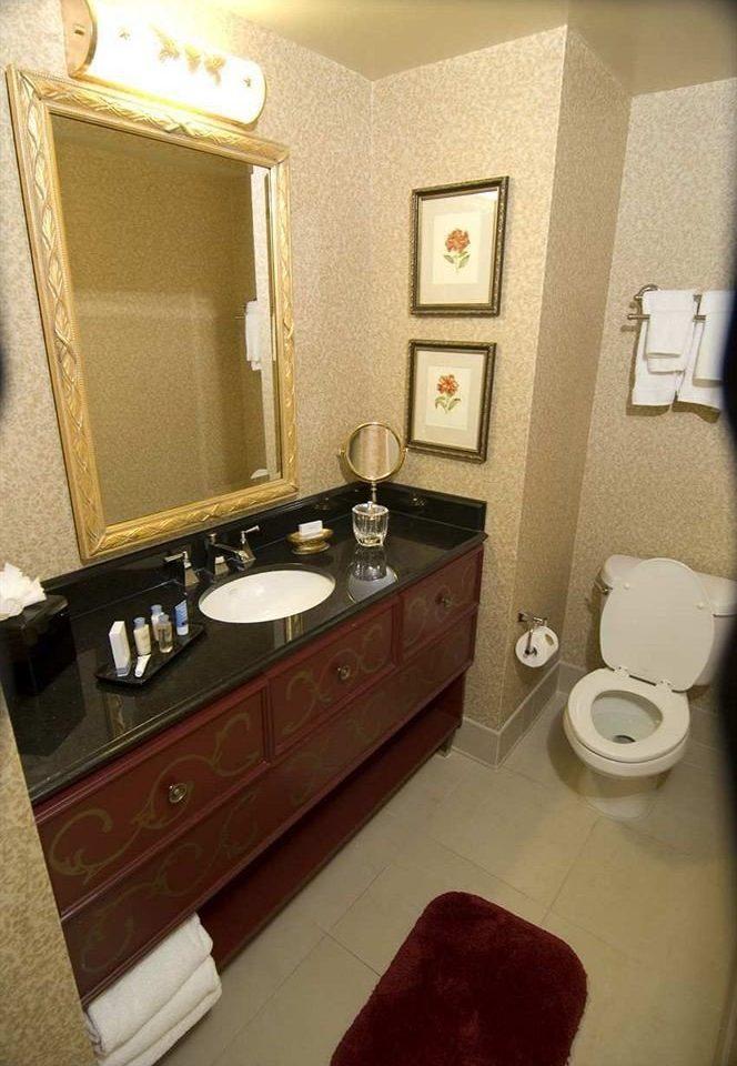 bathroom property toilet sink Suite home cottage flooring