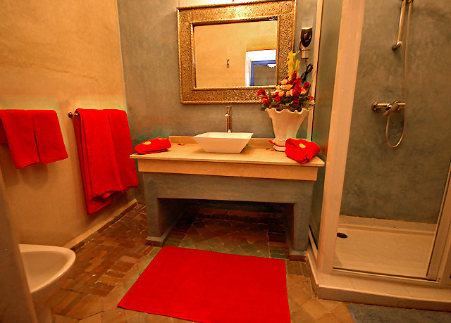 red house bathroom Suite home cottage flooring