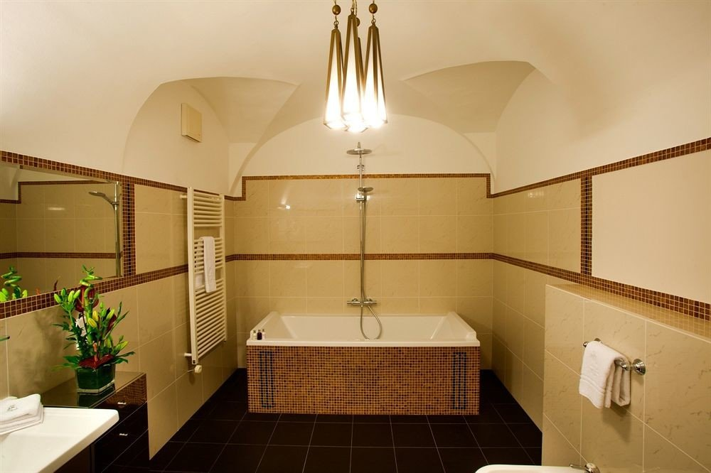 bathroom property sink home Suite cottage tile tiled