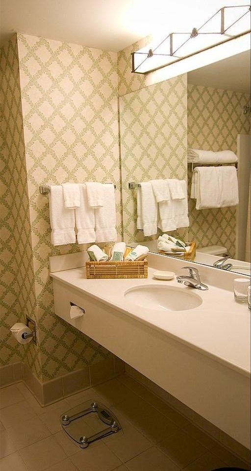 bathroom property sink house Suite home towel cottage rack tile tiled
