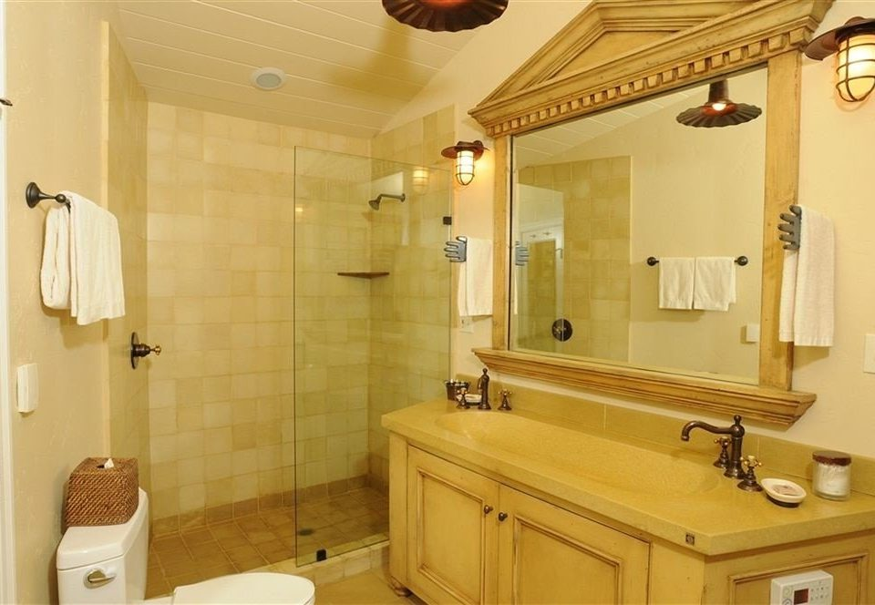 bathroom property mirror sink home cottage Suite