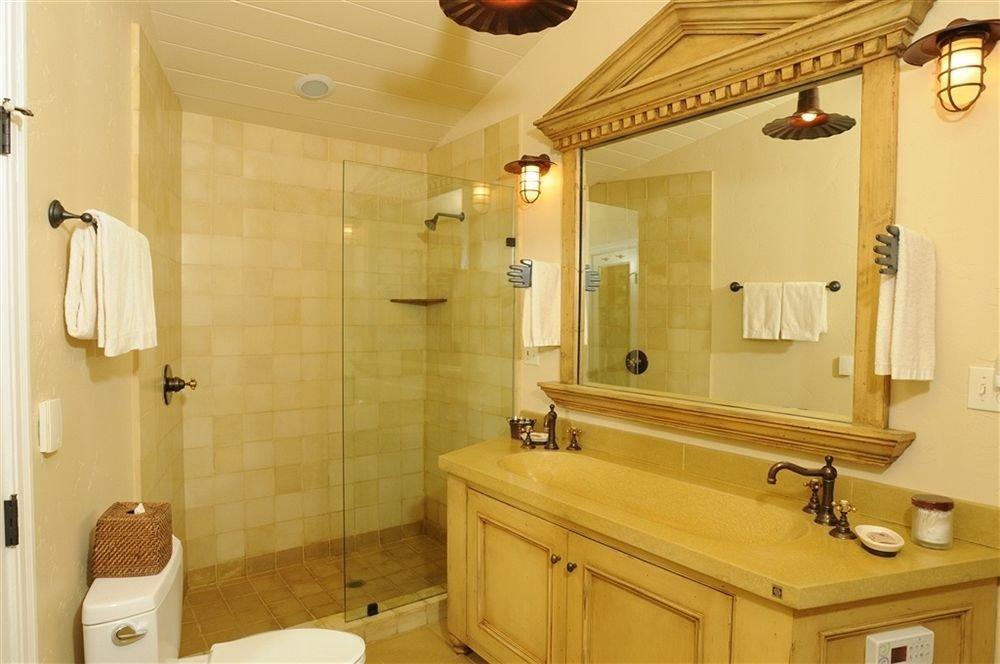 bathroom property mirror sink home cottage Suite