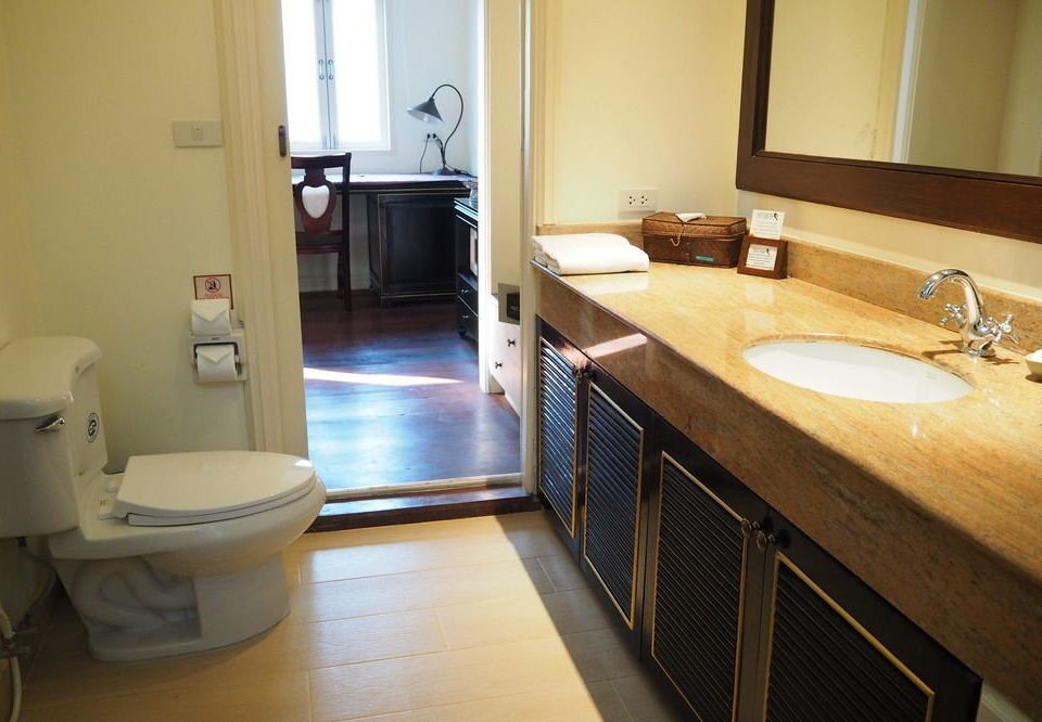 bathroom property Suite home cottage