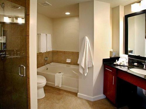 bathroom property home Suite sink cottage