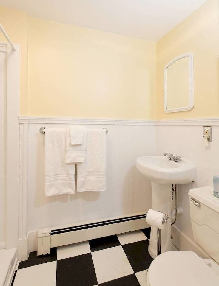 bathroom sink property mirror toilet white home cottage Suite