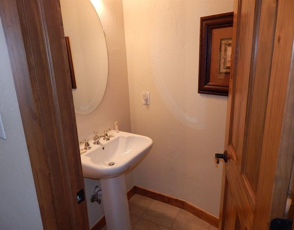 bathroom property sink house toilet white home cottage Suite